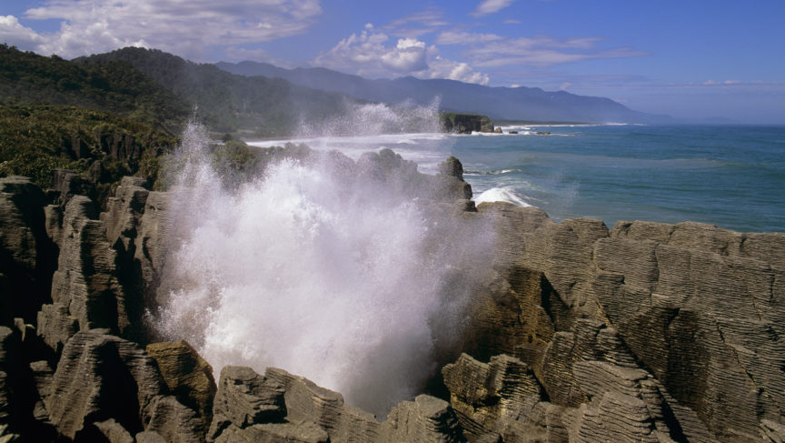 fw-west-coast-pancake-rocks-blow-hole-1