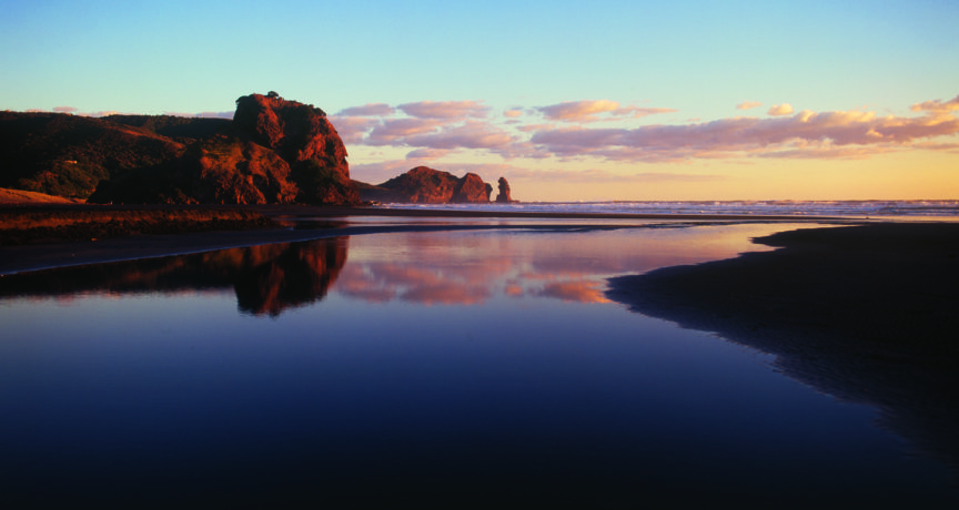 fw-auckland-piha-reflections
